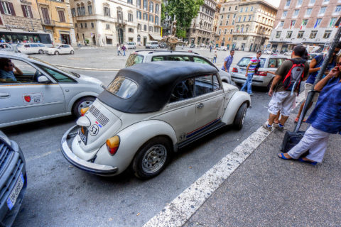 maggiolone maggiolino volkswagen roma albano nicola foto